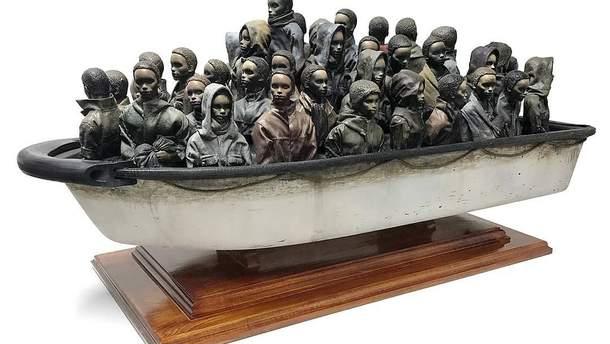 Бэнкси разыграет в онлайн-лотерее новую скульптуру, деньги пойдут на помощь беженцам