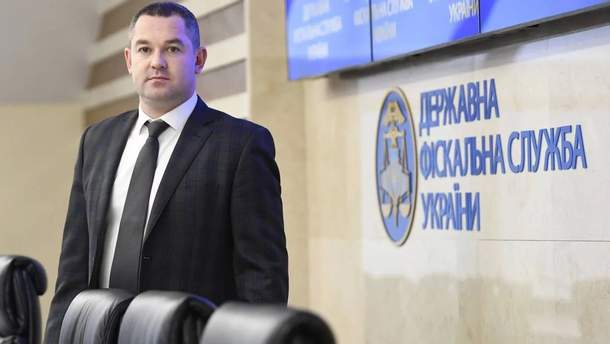 Экс-главу Госфискальной службы Продана отпустили на поруки 9 нардепов