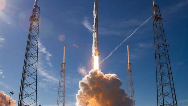 SpaceX  знову запустила Falcon 9