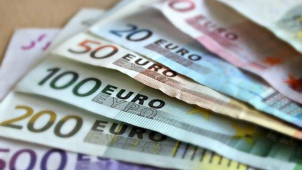 Готівковий курс валют на сьогодні 4 грудня 2018: курс долару та євро