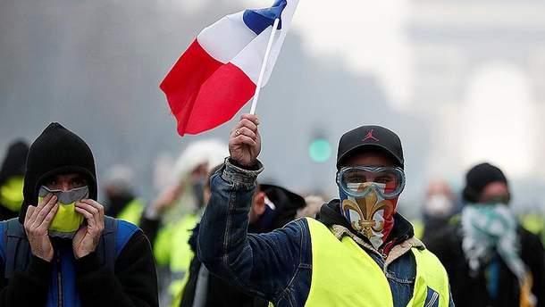 """""""Жовті жилети"""" незадоволені рішенням уряду Франції"""