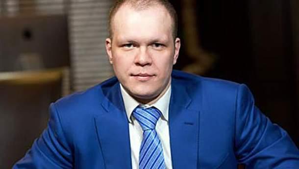 Вкладчики банка ВТБ не могут получить свои деньги из-за, вероятно, действий Дениса Дзензерского