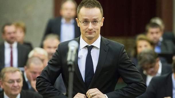 Сійярто заявив, що Угорщина продовжить блокувати проведення комісії Україна-НАТО