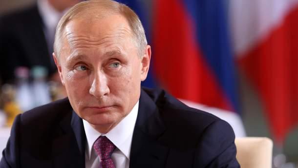 Путін пояснив, чому відмовився говорити з Порошенком