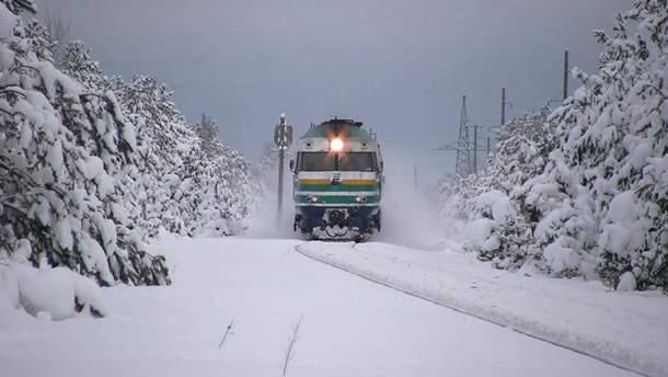"""""""Укрзализныця"""" планирует назначить не менее 30 дополнительных поездов на новогодние праздники"""