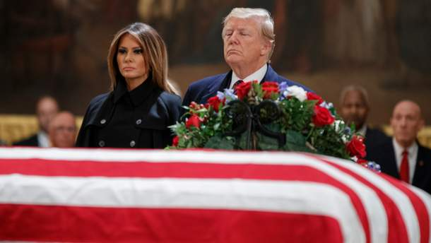 Дональд Трамп з дружиною Меланією