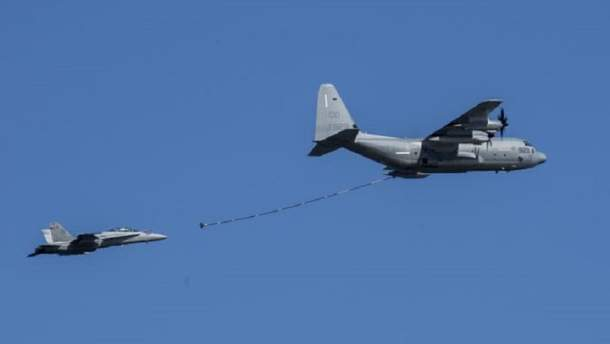 У берегов Японии столкнулись два военных самолета