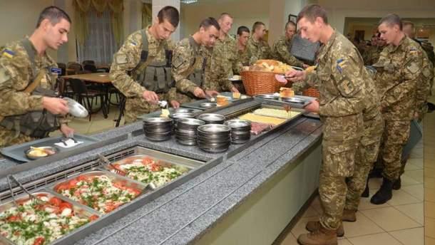В воинской части на Киевщине произошло массовое отравление