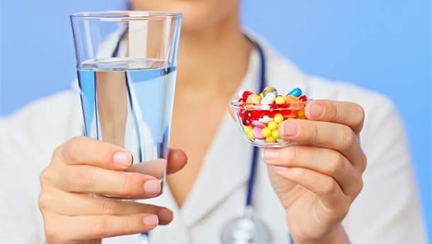 Чим не рекомендують запивати ліки