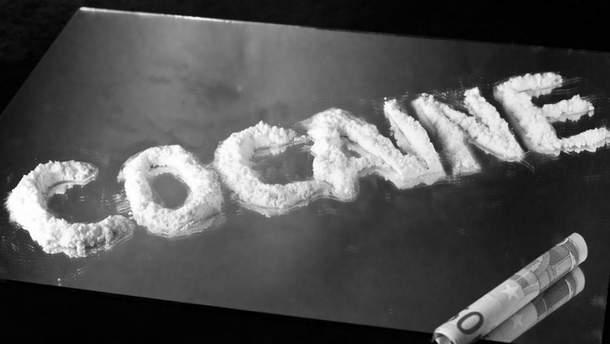 """На Маршалловых островах в сети рыбака вместо рыбы """"прибилась"""" большая партия кокаина"""