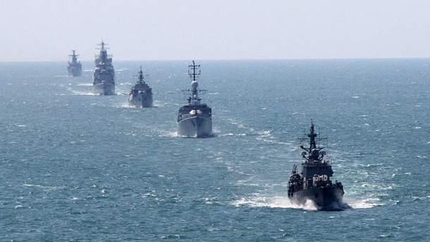 Порошенко считает, что корабли НАТО помогут противостоять РФ в Черном море