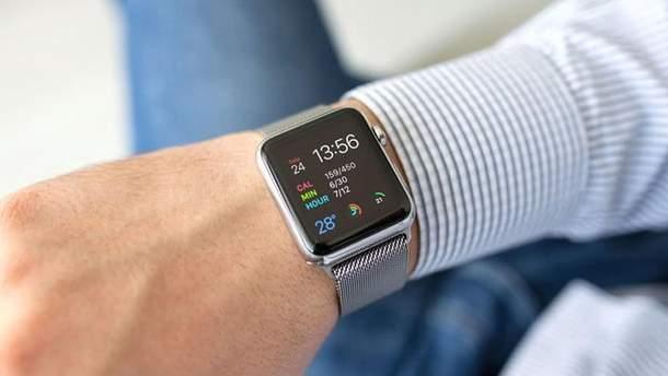 Apple Watch  4 знову врятував життя користувачеві