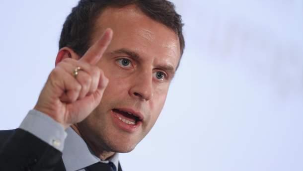 Макрон обратился к народу Франции из-за массовых протестов
