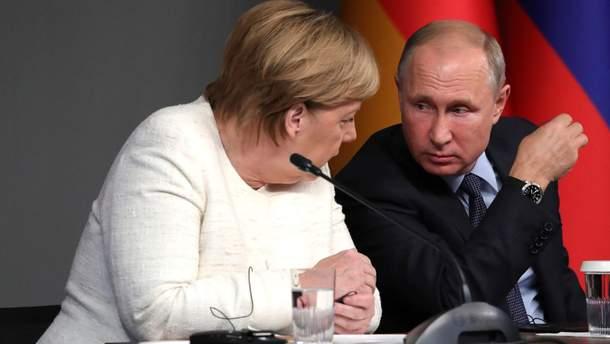 Меркель і Путін обговорили інцидент у Керченській протоці