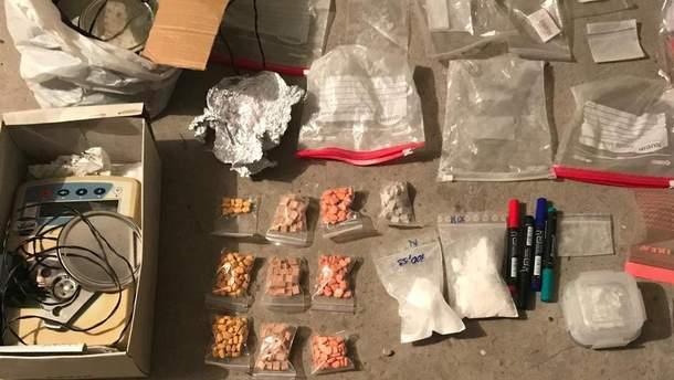 Наркотики изъяли