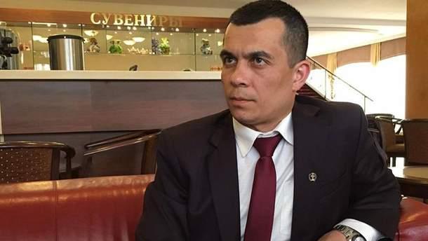 У анексованому Криму з-під арешту вийшов адвокат Еміль Курбедінов