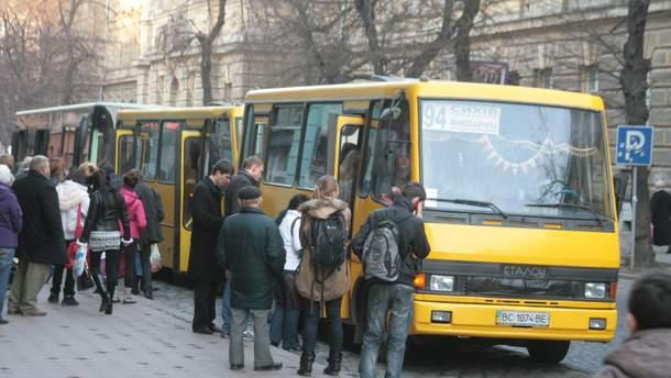 У Львові скасували плату за проїзд пенсіонерами