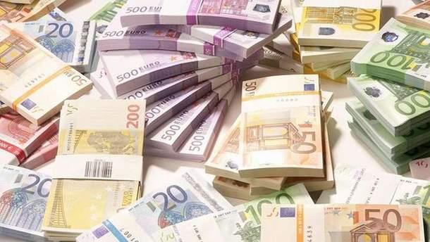 ЕС перечислил Украине первый транш огромной макрофинансовой помощи