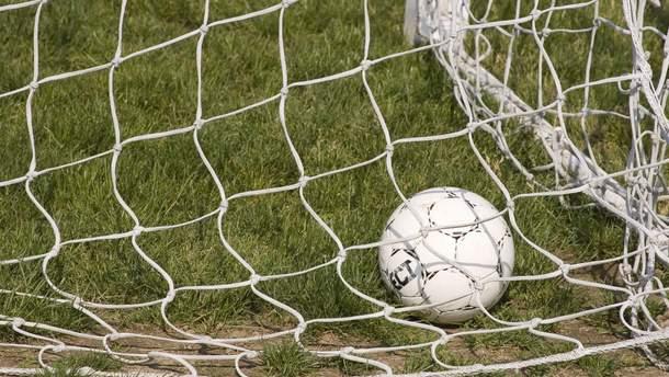 14-річний хлопчик помер під час матчу