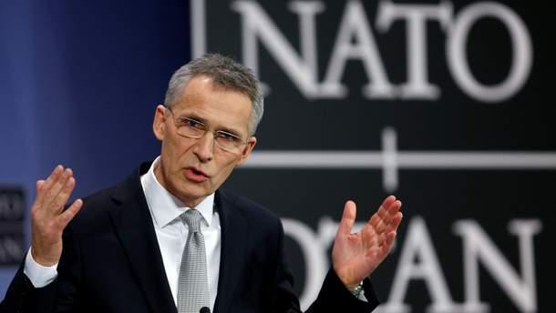 НАТО посилює військову допомогу Україні: передасть обладнання для захищеного зв'язку