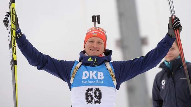 Биатлон: стало известно, кто из украинцев побежит в мужском спринте в Хохфильцене