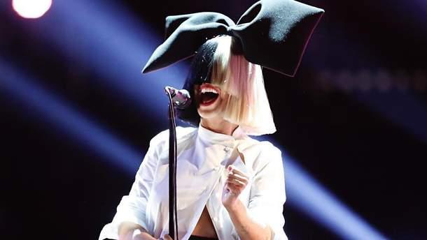 Співачка Sia святкує 43 день народження