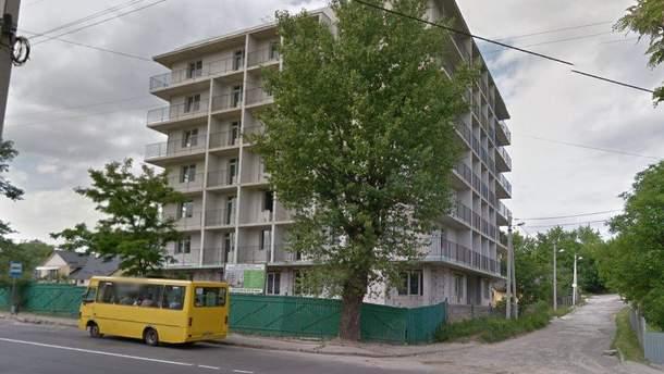 Апелляционный суд впервые разрешил снести незаконную многоэтажку во Львове