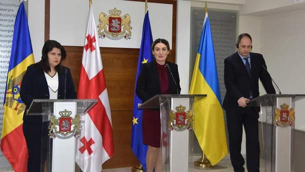 Украина, Молдова и Грузия подписали Меморандум по противодействию РФ и реинтеграции территорий