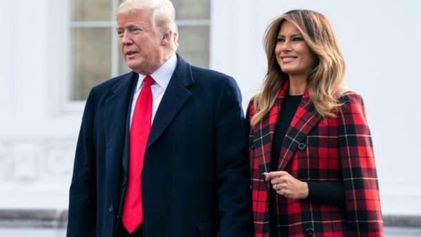 Дональд та Меланія Трамп: різдвяне фото