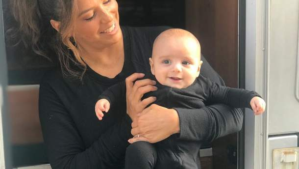Єва Лонгорія з сином