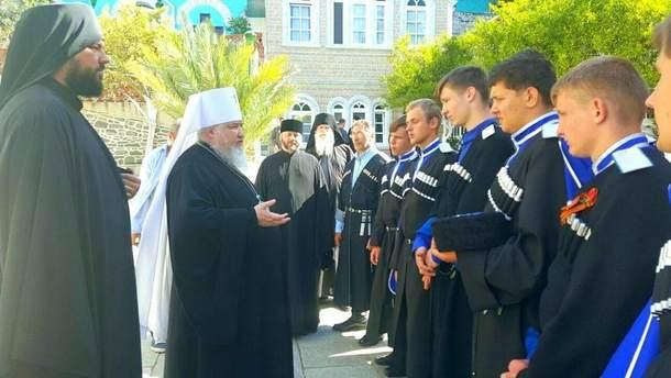 У Росії козаки, що перебувають у жорсткій опозиції до РПЦ, створили власну Козачу православну апостольську церкву та тепер хочуть Томос