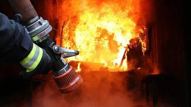 На Львовщине дотла выгорело помещение школы (иллюстративное фото)