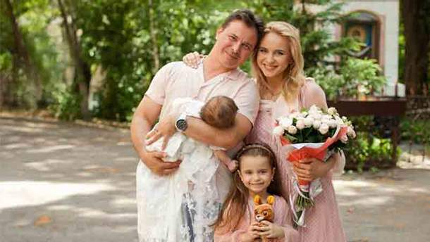 Лилия Ребрик с семьей