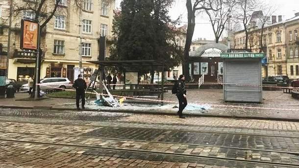 У Львові авто на єврономерах на смерть збило молоду жінку