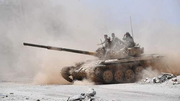 На Луганщине зафиксировали скопление танков боевиков