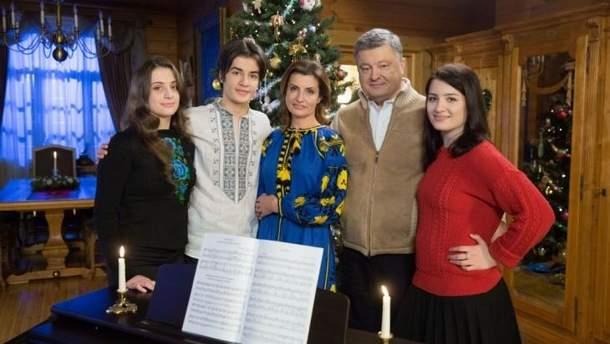 Где Петр Порошенко будет праздновать Новый год и Рождество