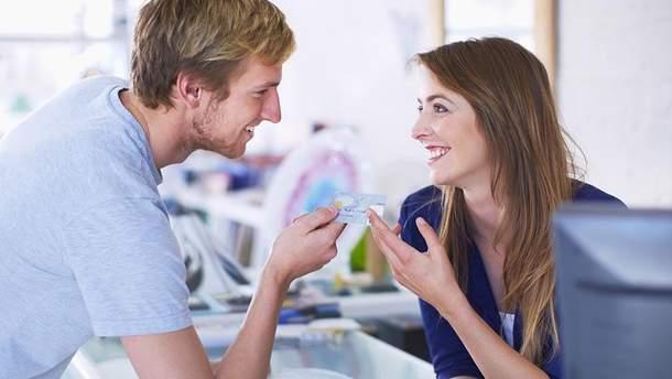 Психотерапевт пояснила, чому потрібно фліртувати