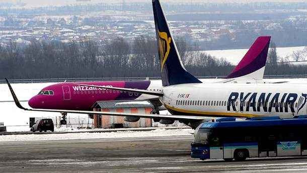 Лоукостеры Ryanair и Wizz Air начнут летать из Одессы летом этого года
