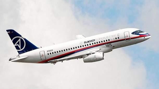 Самолет Sukhoi