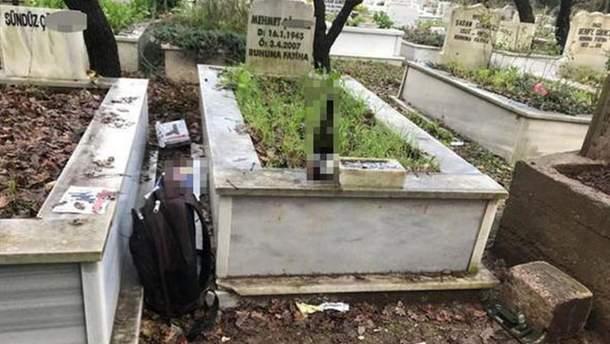 Подозреваемого в убийстве харьковских студенток задержали на кладбище в Стамбуле