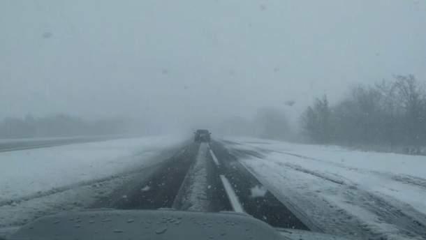 Мощные снегопады в Украине