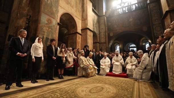 Різдвяна божественна літургія у  Софії Київській