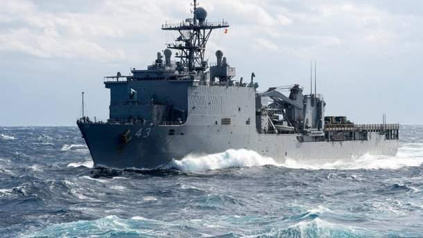 Боевой корабль США в Черном море