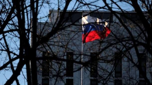 У Росії повідомили про часткове відновлення дипломатичної місії в Лондоні