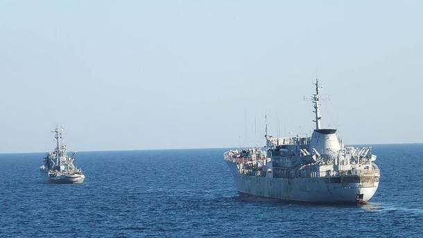 РФ пригрозила жорстко зупинити новий прохід українських кораблів Керченською протокою