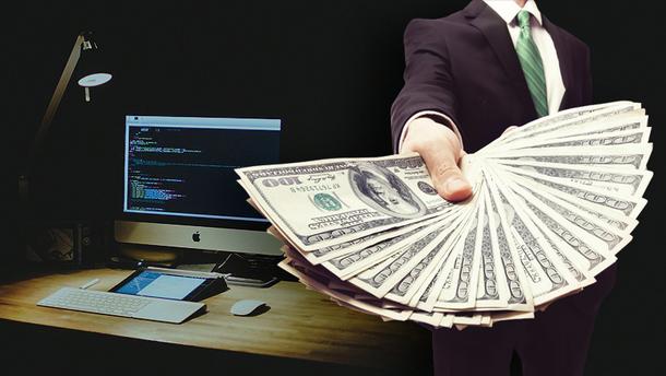 Скільки заробляють IT-шники в Україні та світі