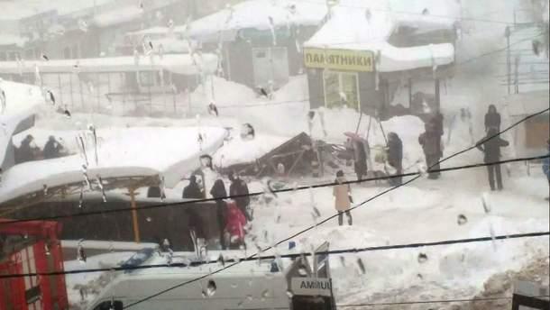 Обвал крыши на рынке в Макеевке