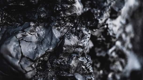 Украина ежегодно теряет более 400 миллионов долларов из-за вывоза угля из ОРДЛО