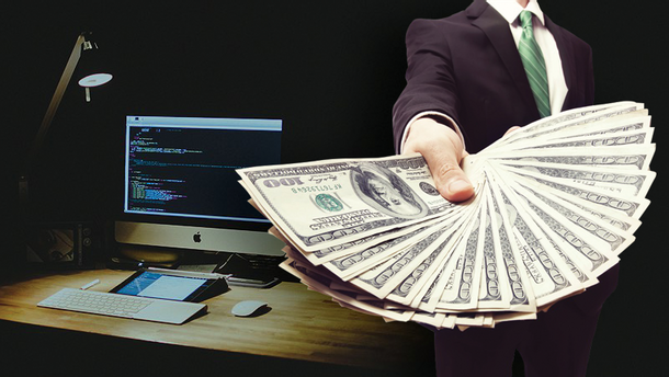 Сколько зарабатывают IT-шники в Украине и мире