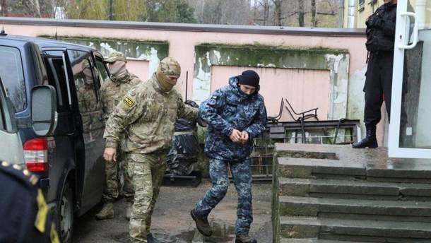 У Росії продовжили термін слідства у справі полонених українських моряків до 25 травня